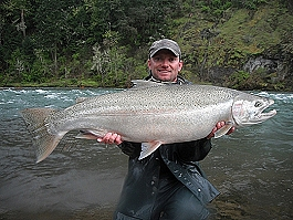 umpqua_steelhead_fishing_2